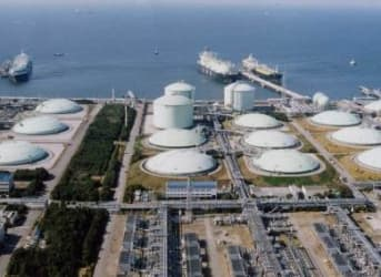 U.S. And Australia Chasing Qatar for LNG Supremacy