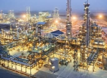 Saudi Oil Inventories Reach Record High As Demand Wanes