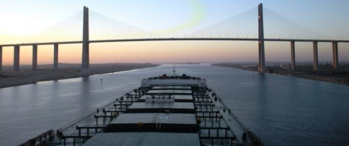 Oil tanker Suez