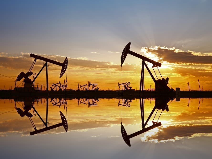 Surprise Inventory Draw Fails To Move Oil Markets | OilPrice.com