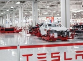 Musk: Germany Favorite To Host European Tesla Gigafactory