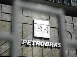 Petrobras Slashes Oil Output Ahead Of Global Production Meeting