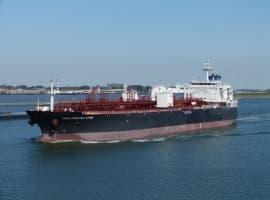 Pirates Hijack Fully Loaded Supertanker Off Nigeria