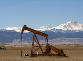 Oil Rises As API Reports Major Draw In Crude Inventories