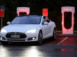 Goldman: Tesla May Fall Short Of Targets Without More Funding