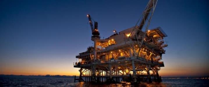 Caribbean Oil rig
