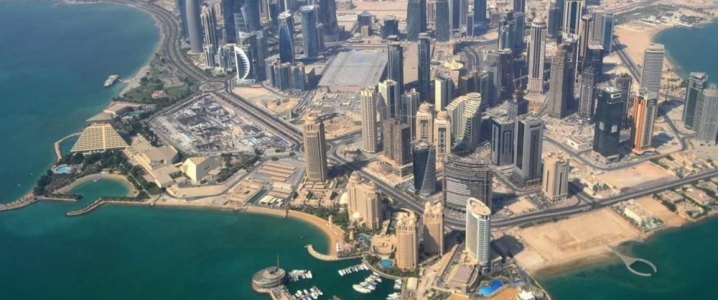 Oil Majors Flock To Qatar's LNG Expansion Project   OilPrice com