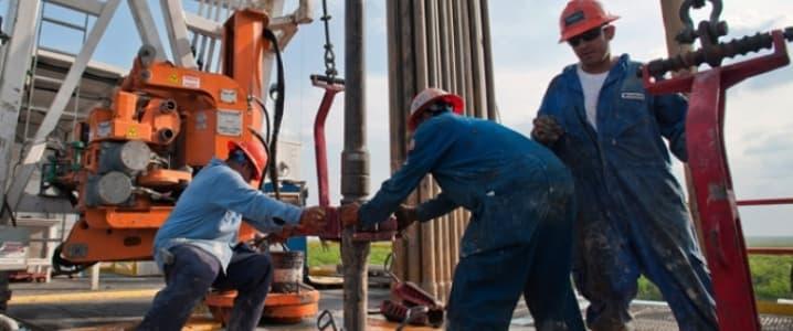 Fracking employees