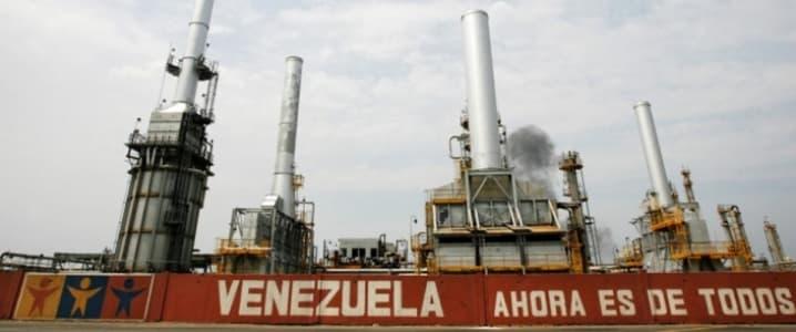 Venezuela Starves Domestic Oil Refineries To Supply Cuban Orders