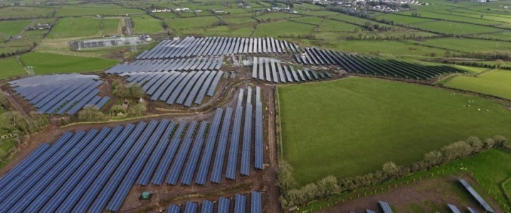Solar farm Island